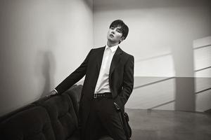 Calvin Klein 发布池昌旭为2020春季 首位韩国籍全球品牌形象代言人和广告明星