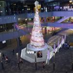"""施华洛世奇点亮""""璀璨圣诞树""""幸福光芒绽放北京"""