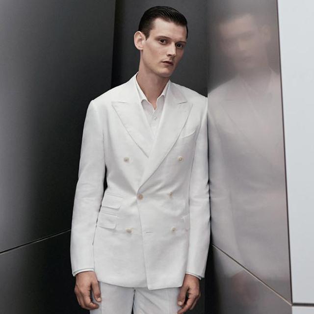 每个人都应该有一件白衬衫