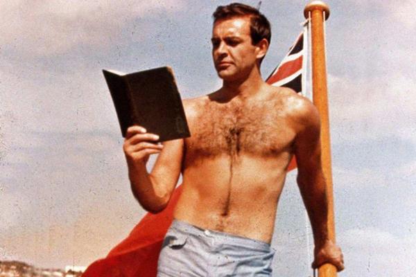 比基尼曾被原子弹炸过,那男式泳衣呢?