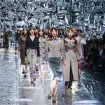 梅赛德斯-奔驰中国国际时装周 Mary Katrantzou 的时尚美学