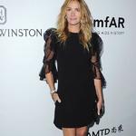 朱莉娅 · 罗伯茨 (Julia Roberts) 身着Givenchy  出席amfAR洛杉矶慈善晚宴