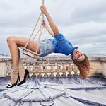 天空游乐场  摄影师Sonia Sieff与法国演员...