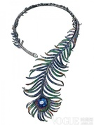 丰满而热烈 12款孔雀造型珠宝的优雅美态