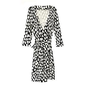 Diane von Furstenberg黑×白印花裹身裙