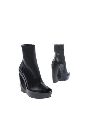 黑色 ANN DEMEULEMEESTER 短靴