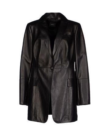 黑色 AKRIS 大衣