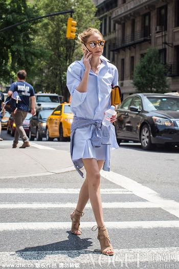 蓝&白衬衫裙给你夏日想要的清爽