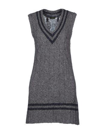 灰色 FRED PERRY 短款连衣裙
