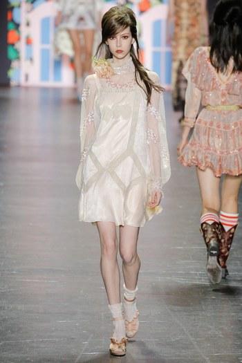 Anna Sui2017春夏时装秀