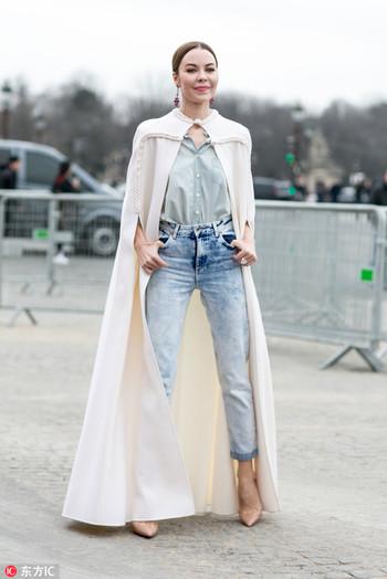 乳白色大衣就要冬天穿