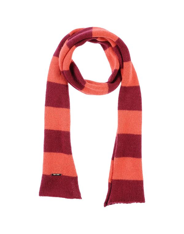 石榴红 LIU •JO JEANS 围巾
