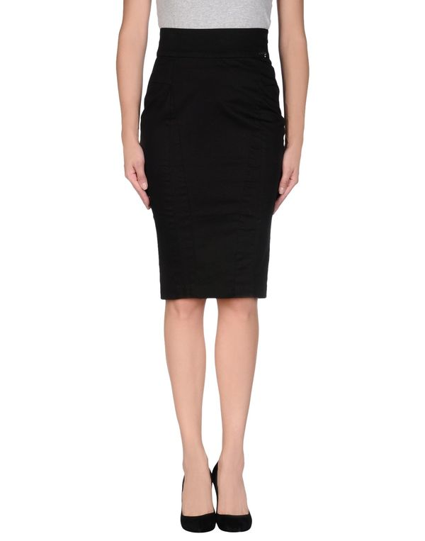 黑色 GUESS 及膝半裙