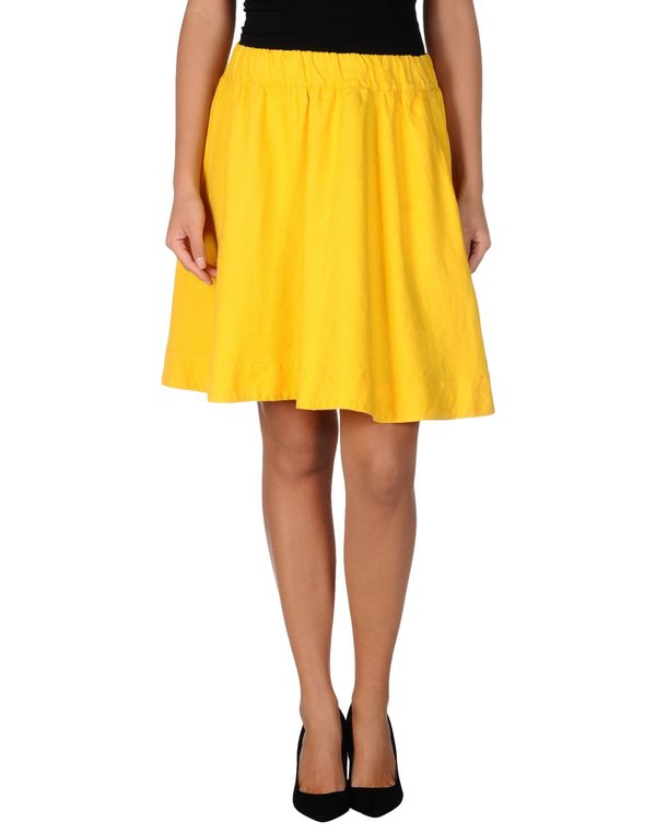 黄色 LOVE MOSCHINO 及膝半裙