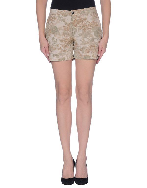 米色 GOLD CASE 短裤