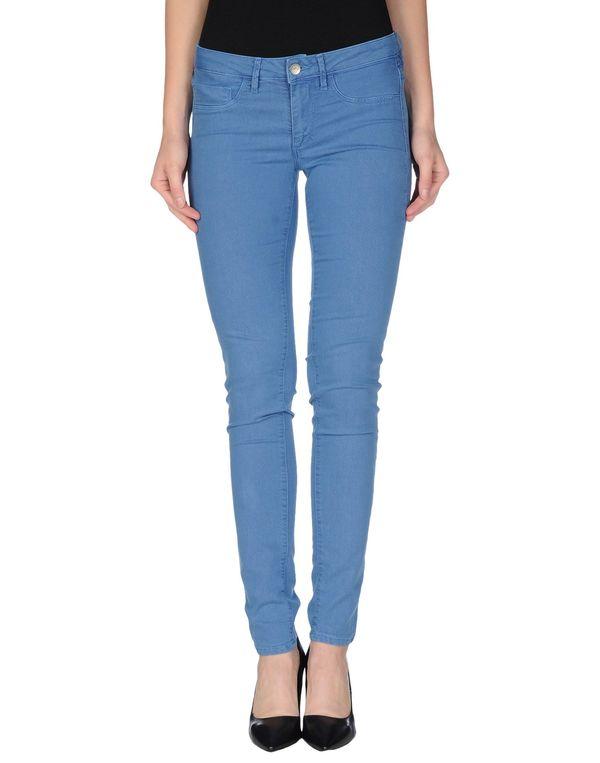 粉蓝色 FRED PERRY 牛仔裤