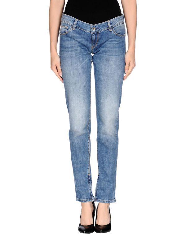 蓝色 GUESS 牛仔裤