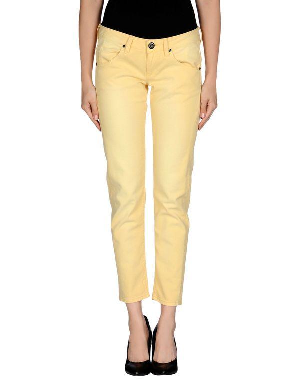 黄色 GUESS 牛仔裤