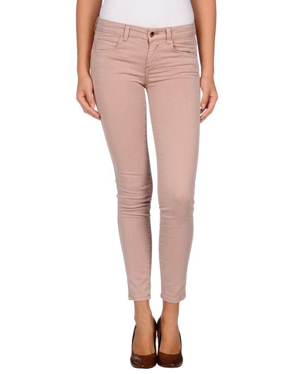 水粉红 KAOS 牛仔裤