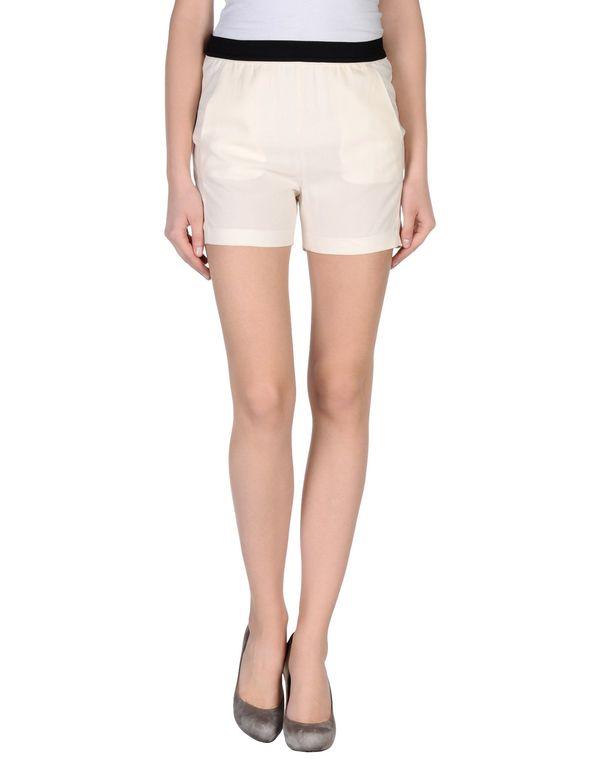 象牙白 JUCCA 短裤