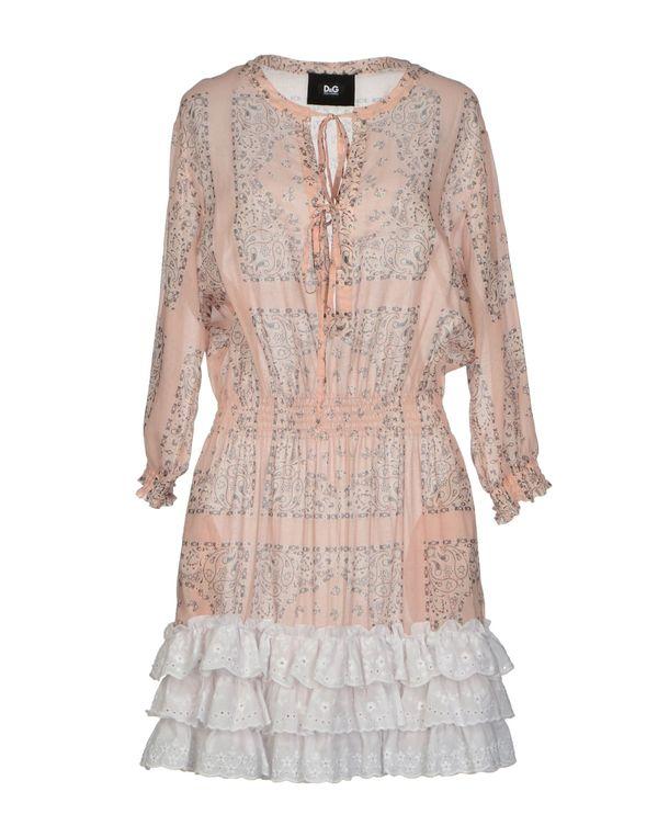 粉红色 D&G 短款连衣裙