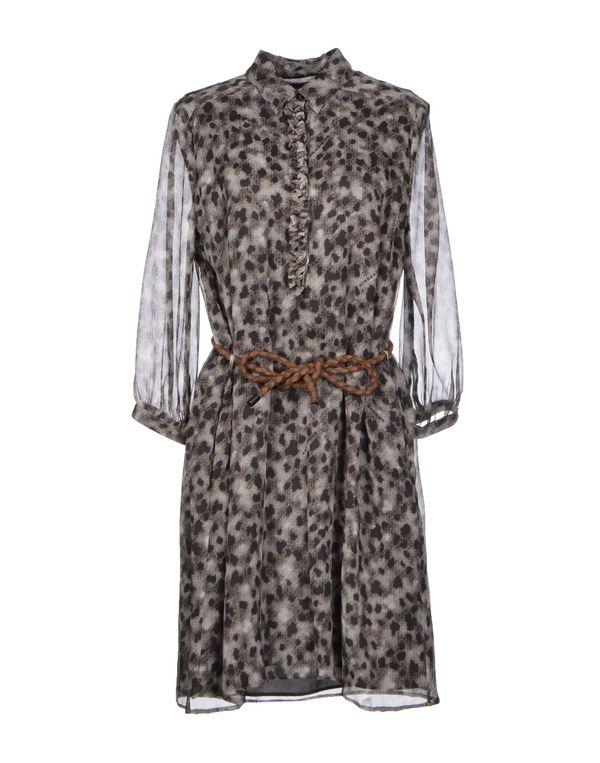 灰色 BURBERRY BRIT 短款连衣裙