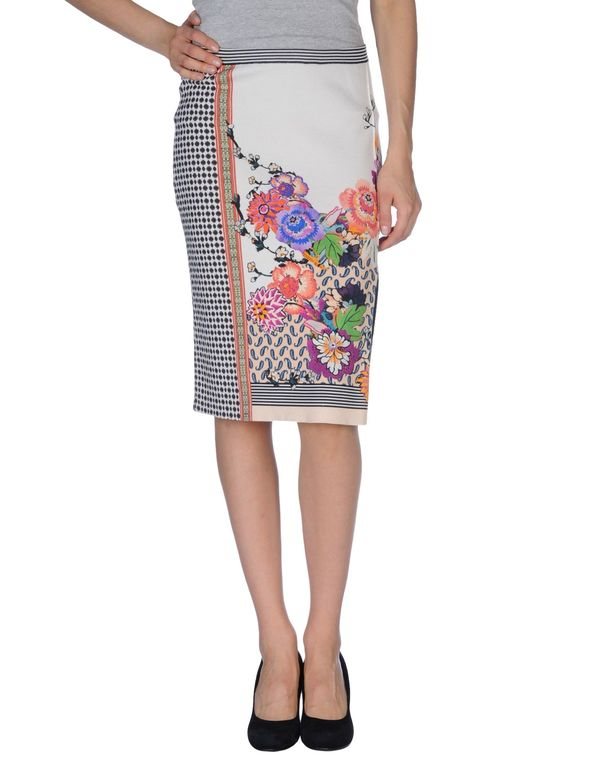 白色 ETRO 及膝半裙