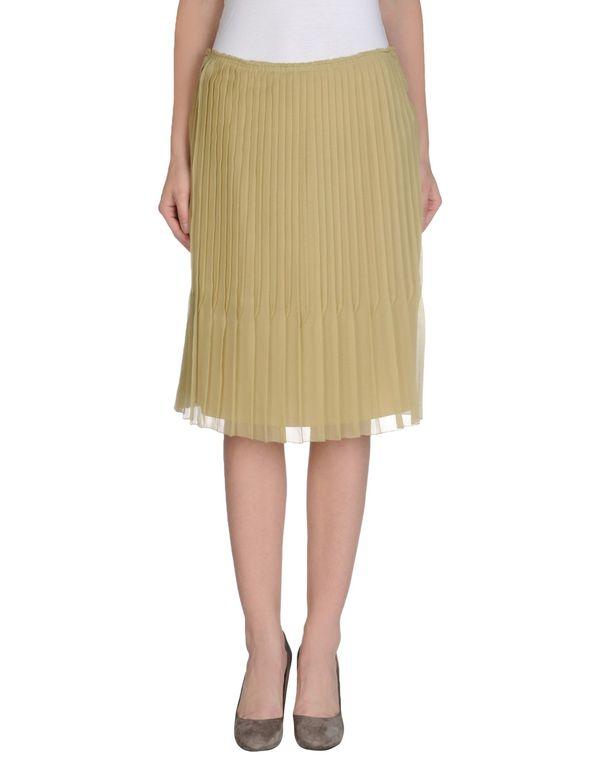 荧光绿 PRADA 及膝半裙
