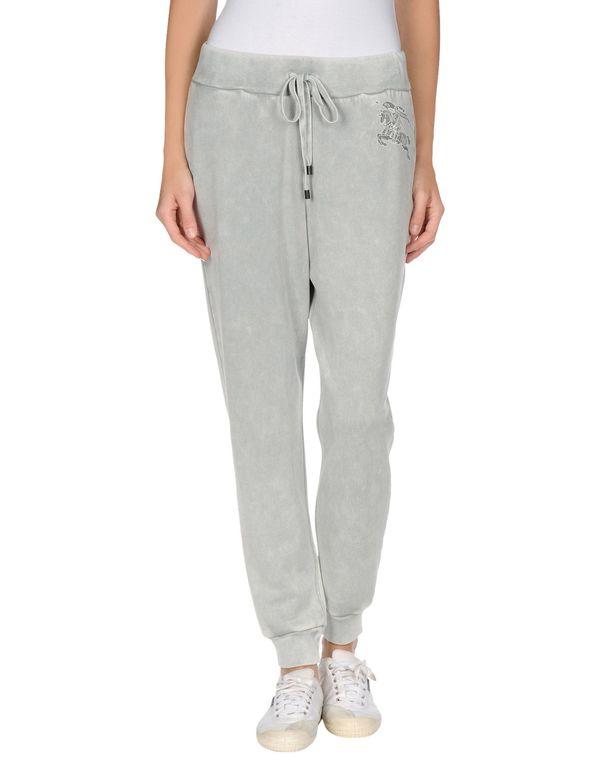淡灰色 BURBERRY BRIT 裤装