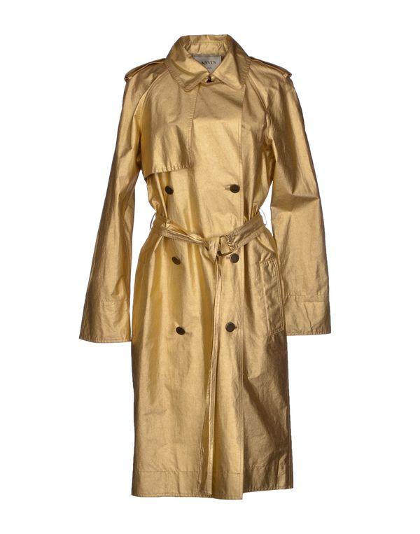 金色 LANVIN 外套