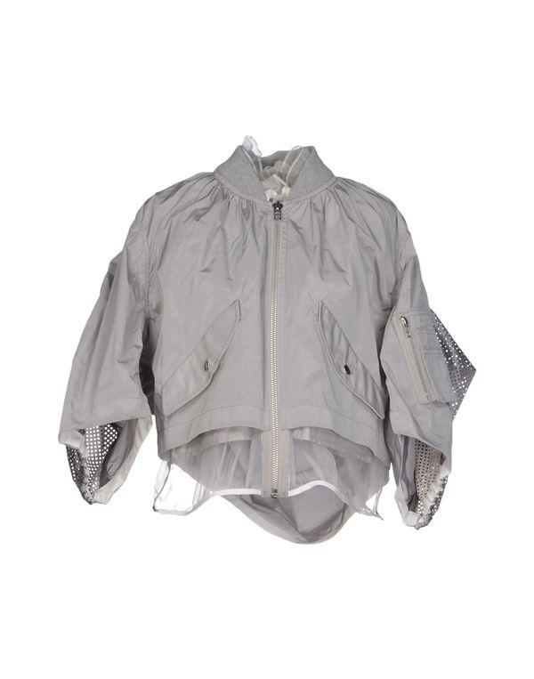 淡灰色 SACAI 夹克