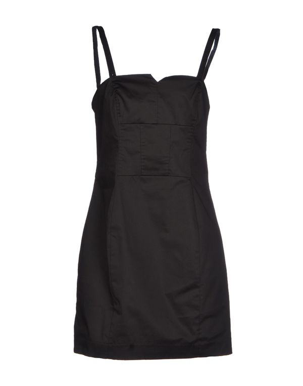 黑色 PHARD 短款连衣裙
