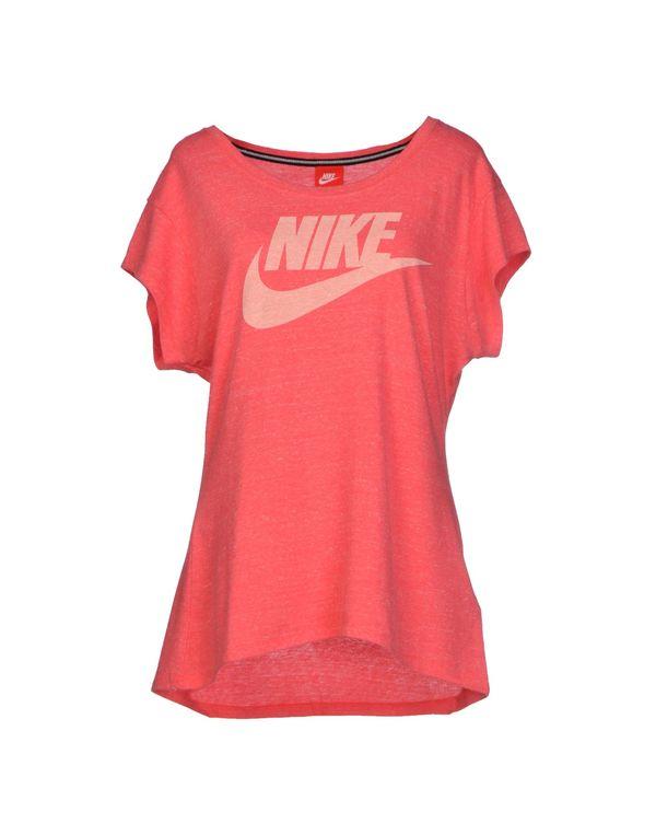 玫红色 NIKE T-shirt