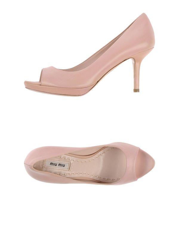 粉红色 MIU MIU 高跟鞋