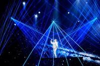 施华洛世奇闪耀迪玛希世界巡回演唱会,特别打造三款璀璨造型