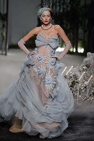 Dior2005秋冬时装秀