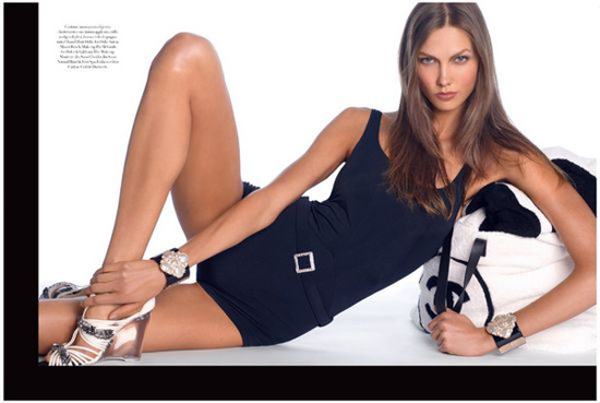 超模 Karlie Kloss 献艺意大利 VOGUE 十二月时尚大片:Body by Kloss