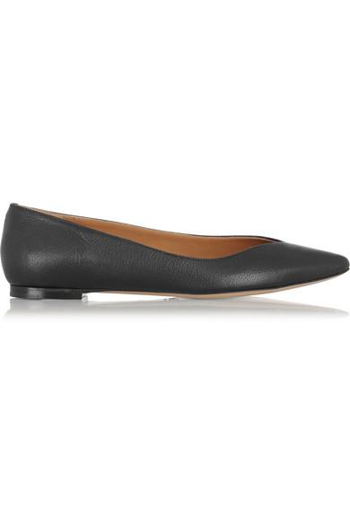纹理皮革尖头平底鞋