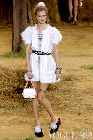 Chanel2010春夏时装秀
