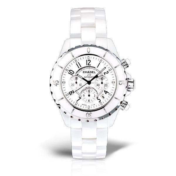 不止于优雅 体会多面香奈儿J12腕表