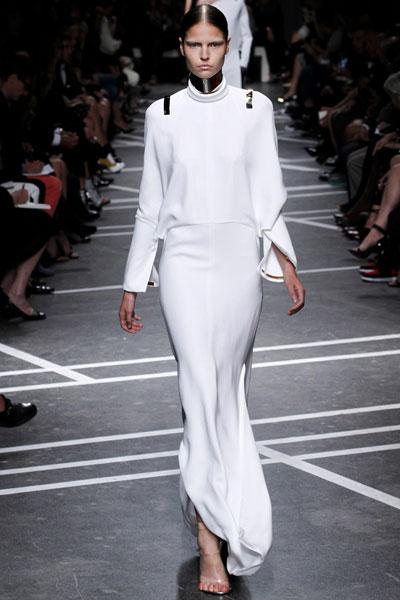 Givenchy 否认 H&M 合作传言