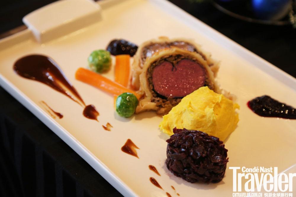 惠灵顿牛排-北京北辰洲际酒店意秀意大利餐厅跨年美馔