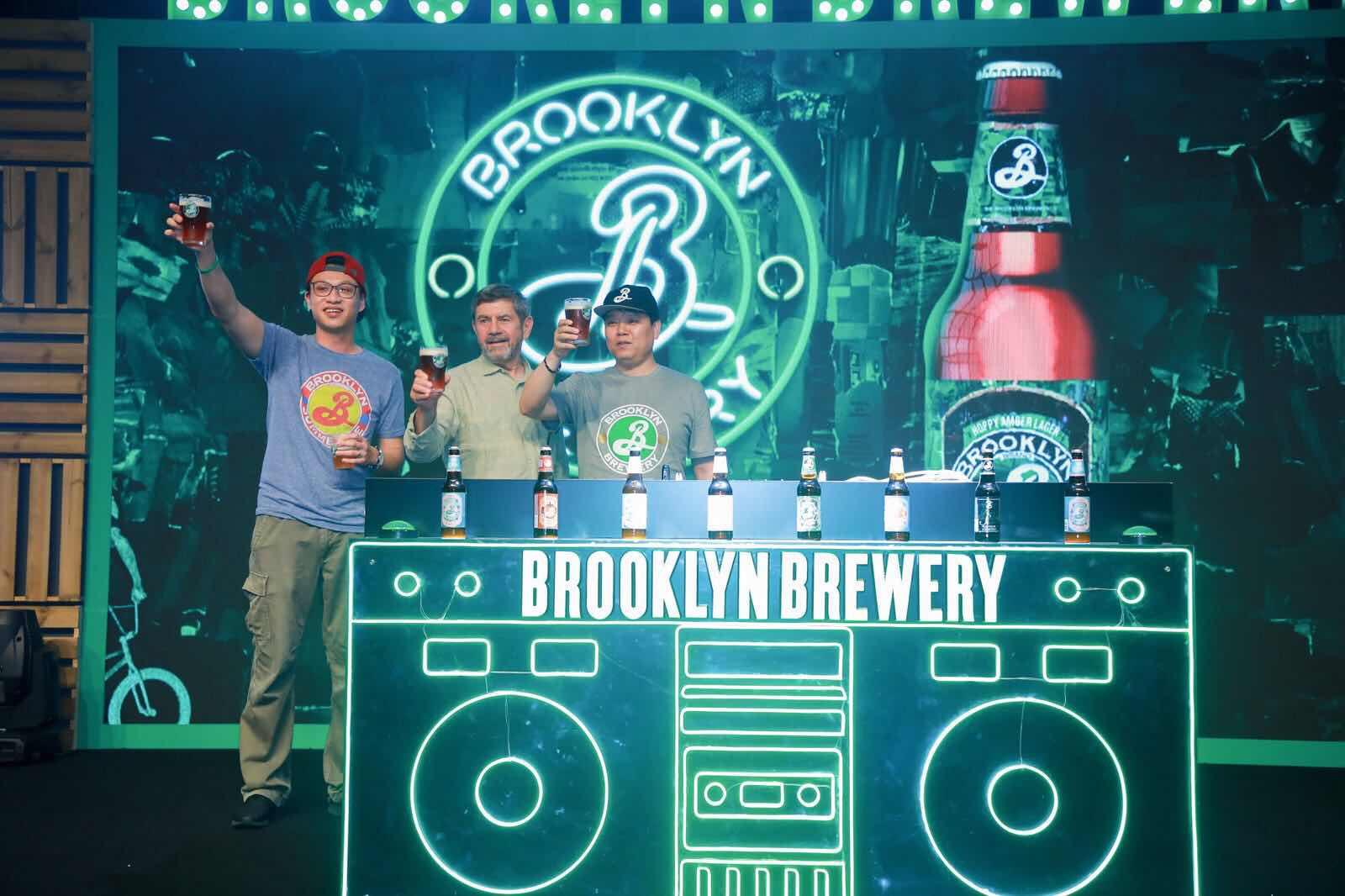 你有一杯来自布鲁克林的啤酒,请注意查收