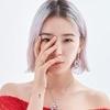 模特及社交媒体红人Irene Kim 演绎 #BeQeelinBeYourself全新篇章