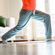 超小空间的8种健身法