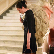 巩俐亲赴罗马见证FENDI品牌90周年高级定制女装秀