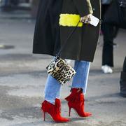 100张街拍里 能找到短靴的100种搭法