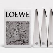 LOEWE罗意威发布限量版艺术T恤为捐助视觉艾滋组织