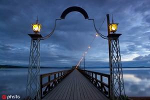瑞典錫利揚湖 錫利揚湖位于瑞典穆拉東南,從空中俯瞰形狀很像一只惡龍。它匯聚了瑞典中南部的旅行精粹,...