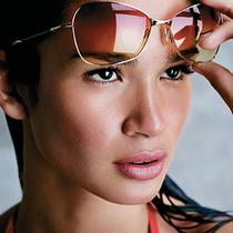 8个日常注意事项让眼部肌肤重现年轻光彩